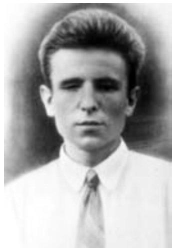 Маловідома світлина Якова Батюка без окулярів. 1940 р.