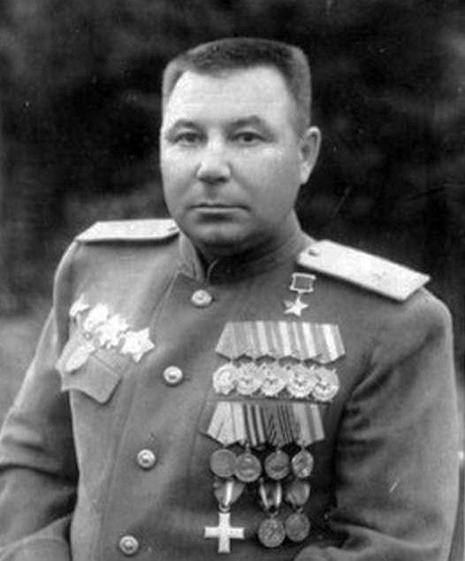 Комаров Георгій Осипович.