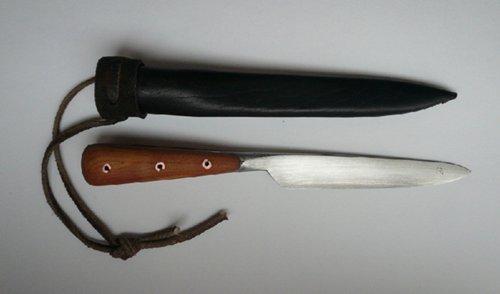 ніж - реконструкція