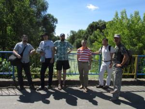 Участники наукової конференції біля переправи через р. Куколку на місці битви під Конотопом